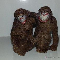 Figuras de Goma y PVC: PECH HERMANOS : FIGURAS PAREJA DE MONOS - CHIMPANCES AÑOS 50 GOMA BUEN ESTADO GENERAL. Lote 50037080
