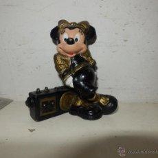 Figuras de Goma y PVC: MINNIE CON RADIO-CASSETTE - FIGURA DE PVC - WALT DISNEY - BULLYLAND.. Lote 50495666