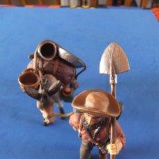 Figuras de Goma y PVC: BUSCADOR DE ORO CON BURRO MARCA SCHLEICH 2005 DESCATALOGADO. Lote 59867242