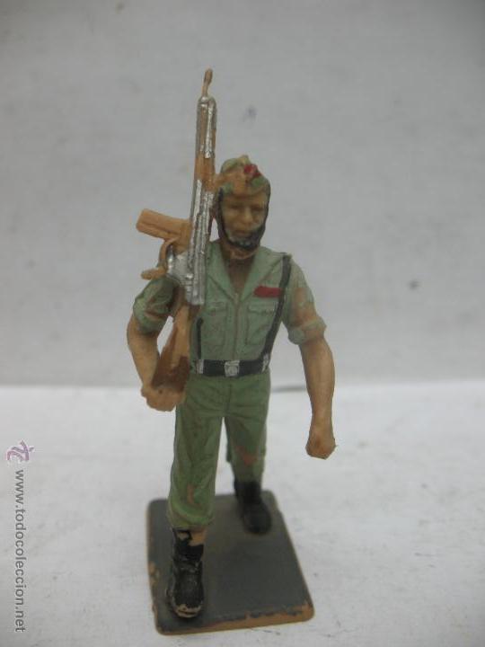 SOLDADO DE PLÁSTICO ESPAÑOL REGIONAL (Juguetes - Figuras de Goma y Pvc - Otras)