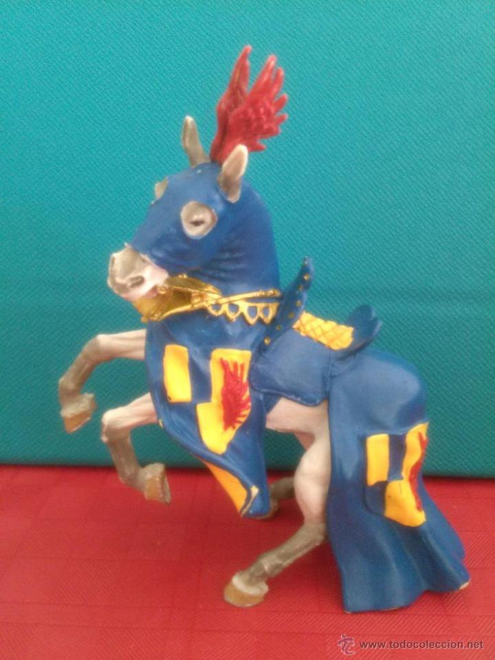 FIGURA PVC CABALLO MEDIEVAL PLASTOY (Juguetes - Figuras de Goma y Pvc - Otras)