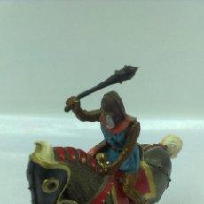 Figuras de Goma y PVC: GUERRERO MEDIEVAL A CABALLO . STARLUX . AÑOS 60. Lote 51049683