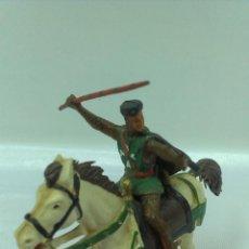 Figuras de Goma y PVC: GUERRERO MEDIEVAL A CABALLO . STARLUX . AÑOS 60. Lote 51049927