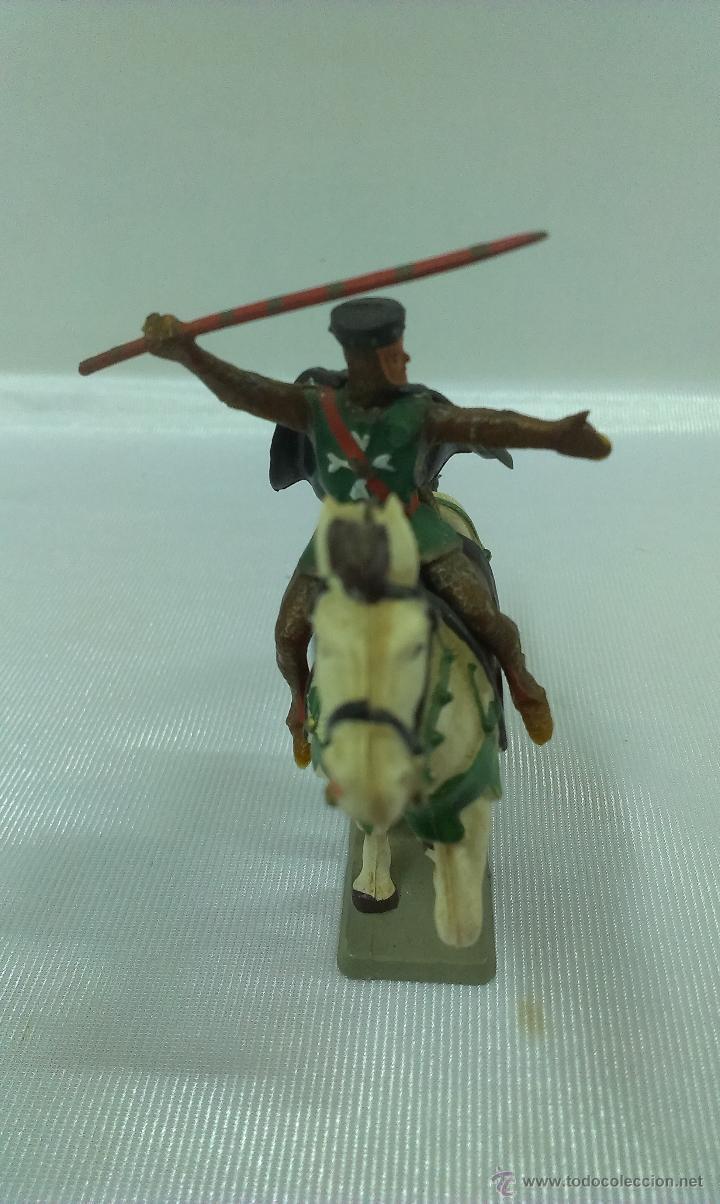 Figuras de Goma y PVC: GUERRERO MEDIEVAL A CABALLO . STARLUX . AÑOS 60 - Foto 3 - 51049927