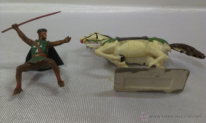 Figuras de Goma y PVC: GUERRERO MEDIEVAL A CABALLO . STARLUX . AÑOS 60 - Foto 5 - 51049927