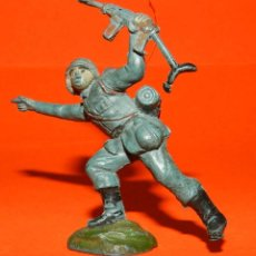 Figuras de Goma y PVC: SOLDADO ALEMAN EN GOMA DE PECH, TAL COMO SE VE EN LAS FOTOS PUESTAS.. Lote 51142325