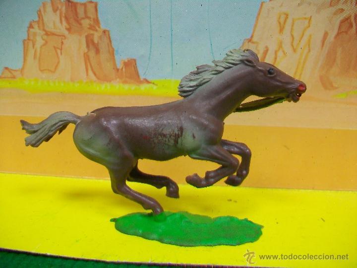 Figuras de Goma y PVC: PRECIOSO CABALLO INDIO COFALU STARLUX - Foto 2 - 51149860