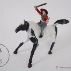 Figuras de Goma y PVC: 2 FIGURAS DE PLÁSTICO - SOTORRES. VAQUERO A CABALLO, CON PISTOLA - AÑOS 50-60 - MEDIDAS LARGO 12 CM. Lote 51313062