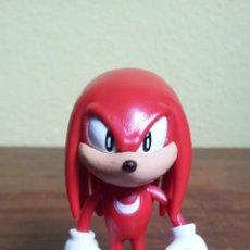 Figuras de Goma y PVC: FIGURA PVC O GOMA DURA SONIC SEGA KNUCKLES. Lote 51387647
