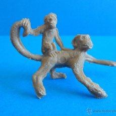 Figuras de Goma y PVC: ANTIGUA PAREJA DE MONOS - MONO Y CRIA - MARCA BODY - TARZAN. Lote 51431182