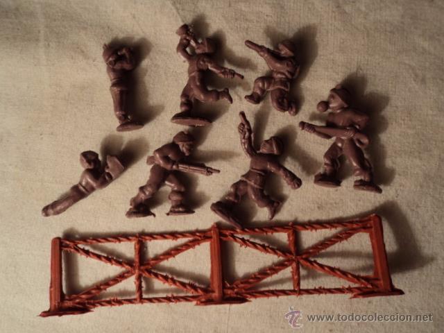 LOTE COLECCION FIGURAS ORIGINALES AÑOS 70/80 PLASTICO MONTAPLEX? O SIMILAR R400 (Juguetes - Figuras de Goma y Pvc - Montaplex)