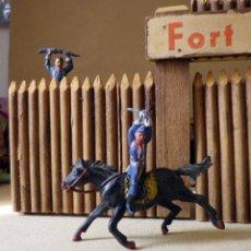 Figuras de Goma y PVC: ANTIGUO FUERTE DE MADERA, FORT BRAVO, DE GRAPAS, SIN BASE 42 X 38 CM, ESPAÑA, 1950S. Lote 51578812