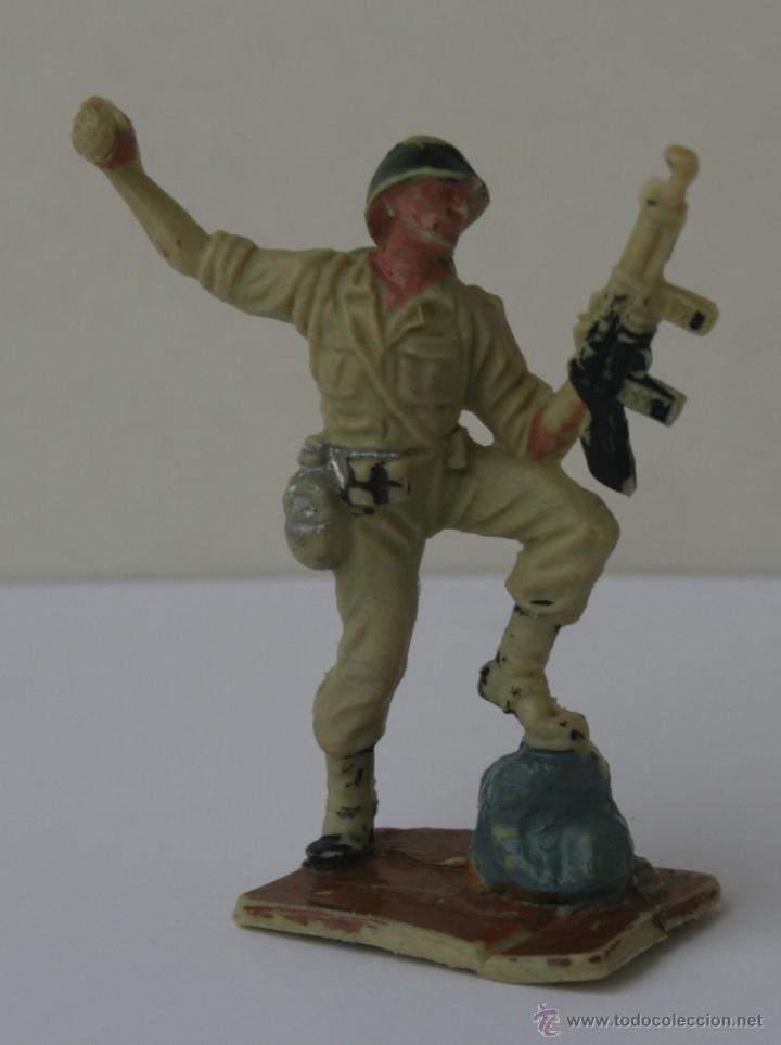SOLDADOS AMERICANOS EN COMBATE HERMANOS PECH HNOS GOMA 60 MM 1960 (Juguetes - Figuras de Goma y Pvc - Pech)