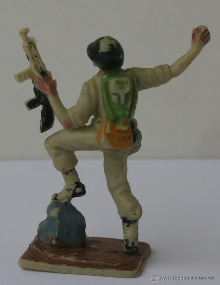 Figuras de Goma y PVC: SOLDADOS AMERICANOS EN COMBATE HERMANOS PECH HNOS GOMA 60 MM 1960 - Foto 2 - 51631754