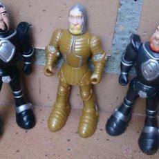 Figuras de Goma y PVC: FIGURAS DISNEY HEROES FAMOSA LOTE 3 CABALLEROS MEDIEVALES . Lote 51735864