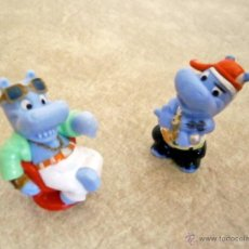 Figuras Kinder: KINDER LOTE 2 FIGURAS HIPOPÓTAMOS FIGURITAS JUGUETE MINIATURAS. Lote 52024127
