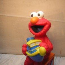 Figuras de Goma y PVC: FIGURA HUCHA BARRIO SESAMO JIM HENSON - ELMO - NUEVA SIN USO. Lote 52136182