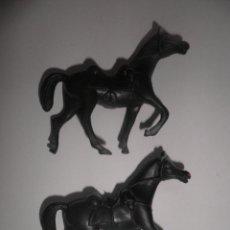 Figuras de Goma y PVC: PAREJA DE CABALLOS DE GOMA DE VAQUEROS DEL OESTE.. Lote 52303019