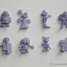Figuras de Goma y PVC: FIGURAS DE PLASTICO CHICLE O PASTELITO DUNKIN ASTERIX MONOCROMÁTICO MORADO . Lote 52336680