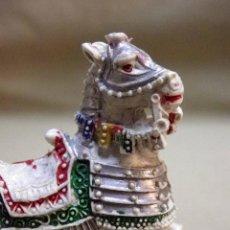 Figuras de Goma y PVC: FIGURA DE PLASTICO, CABALLO MEDIEVAL, FABRICADO POR LAFREDO, 5,5 CM.. Lote 52338179