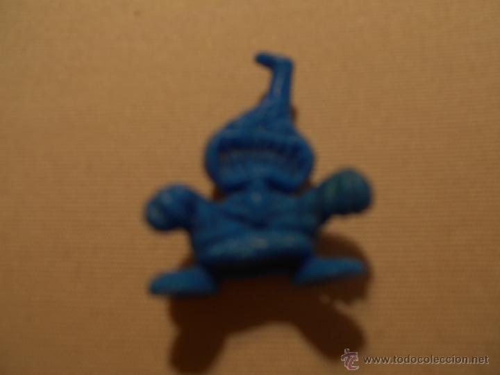 FIGURA MUÑECO MONSTRUO PREMIUM PLASTICO CHICLE PASTELITOS . (Juguetes - Figuras de Goma y Pvc - Dunkin)