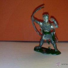 Figuras de Goma y PVC: FIGURA DE SOLDADO MEDIEVAL DE 5 CM LAFREDO AÑOS 60. Lote 52520230