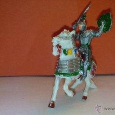 Figuras de Goma y PVC: FIGURA DE SOLDADO MEDIEVAL A CABALLO DE LAFREDO AÑOS 60. Lote 52520351