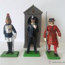 Figuras de Goma y PVC: BRITAINS DEETAIL - LOTE DE 3 FIGURAS Y 1 GARITA DE CENTINELA . Lote 52609704