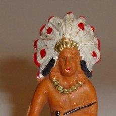 Figuras de Goma y PVC: FIGURA INDIO STARLUX MADE IN FRANCE MICHEL BUENA CONSERVACION. Lote 52615532