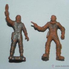Figuras de Goma y PVC: 2 FIGURAS DE ASTRONAUTAS, ESPACIO, DE PLASTICO, TAL COMO SE VE EN LAS FOTOGRAFIAS PUESTAS.. Lote 52706794