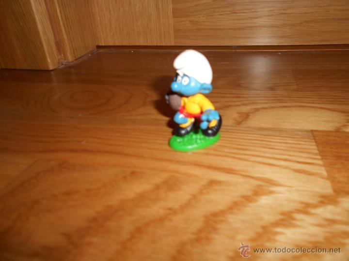 Figuras de Goma y PVC: Figura pvc - pitufo / pitufos - JUGADOR DE RUGBI - Peyo AÑOS 80 - Foto 2 - 52859656