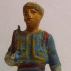 Figuras de Goma y PVC: MUÑECO DE GOMA, SOLDADO ARABE MARCA STARLUX. Lote 52934466