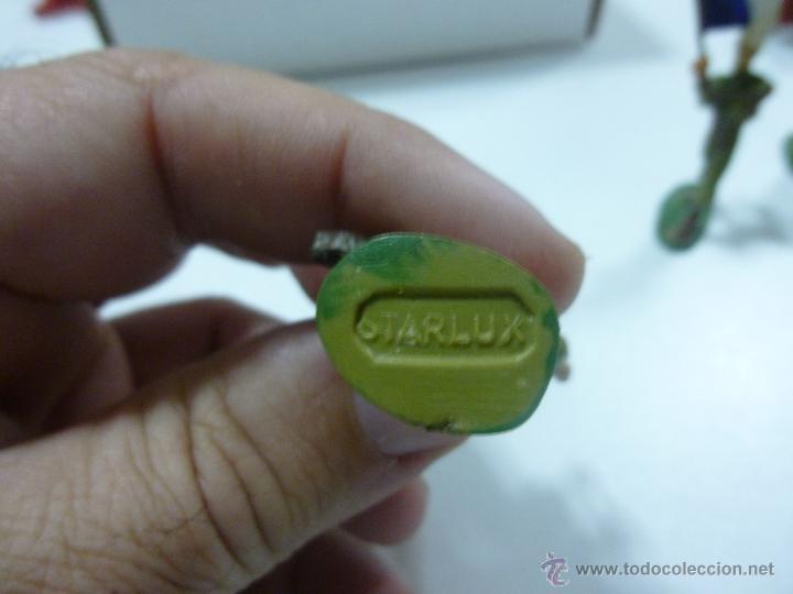 Figuras de Goma y PVC: Muñeco de goma soldado lanzando granada o bomba de mano Marca Starlux años 60 - Foto 3 - 52934509