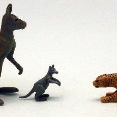 Figuras de Goma y PVC: CANGURO CON CRÍA Y LEOPARDO GOMA BRITAINS ENGLAND AÑOS 70 . Lote 52959566