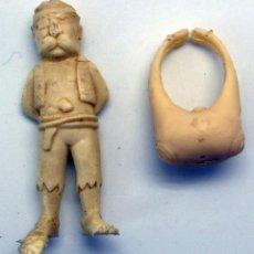 Figuras de Goma y PVC: PIRATA PLÁSTICO ARIEL Y ANILLO MONSTRUO PLÁSTICO PUBLICIDAD AÑOS 70 . Lote 52961583
