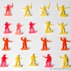 Figuras de Goma y PVC: VAQUEROS MONTAPLEX, 19 FIGURAS. Lote 53040609
