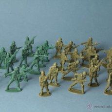Figuras de Goma y PVC: 32 SOLDADOS DE PVC.. Lote 53049852