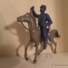 Figuras de Goma y PVC: SOLDADO YANQUI DE JECSAN A CABALLO DE COMANSI, AÑOS 70, SIN ESPADA.. Lote 53172391