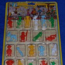 Figuras de Goma y PVC: LUCKY LUKE - BLISTER 20 FIGURAS - NOVOLINEA ¡COMPLETO Y PRECINTADO!. Lote 53173624