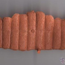 Figuras de Goma y PVC: VALLA PARA SOLDADOS DE 5 CM COLOR MARRON CLARO ------(REF M1 E1DETRAS). Lote 53202204