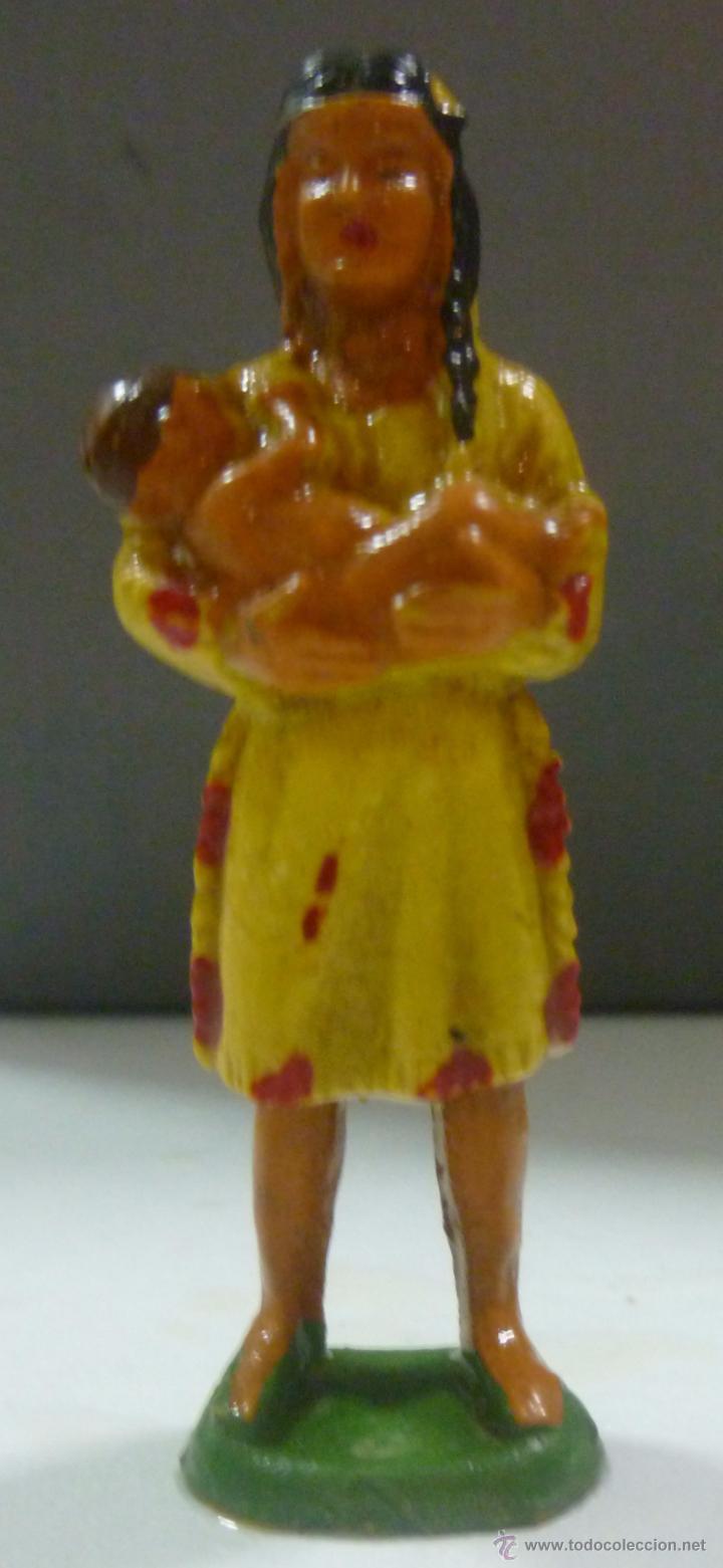 MUÑECO DE GOMA, MUJER INDIA CON BEBÉ MARCA STARLUX (Juguetes - Figuras de Goma y Pvc - Starlux)