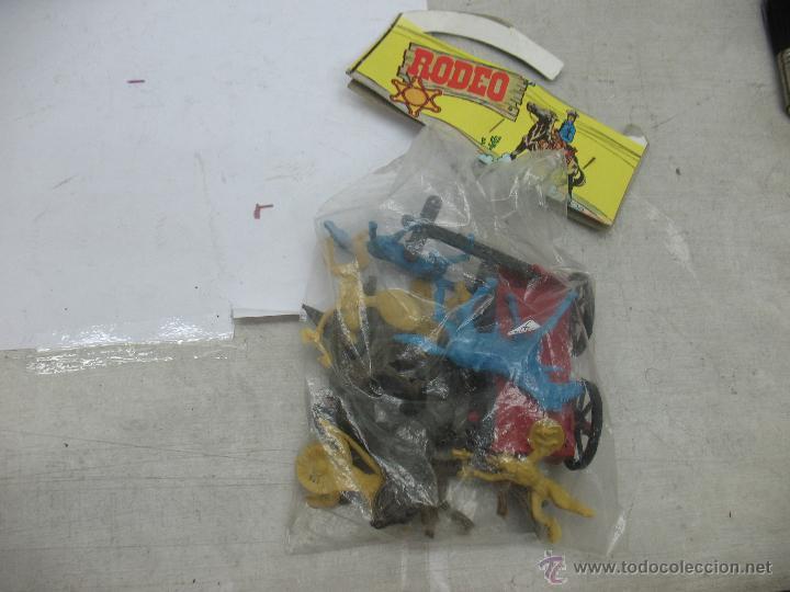 Figuras de Goma y PVC: RODEO - Set con indios, caballos y carro - Foto 3 - 53314292