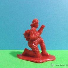 Figuras de Goma y PVC: FIGURA 'BOMBERO - TIPO 10 00001', ESCALA 1/35.. Lote 53397744