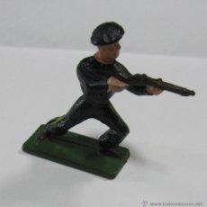 Figuras de Goma y PVC: SOLDADO DE STARLUX. FRANCIA / FRANCE. EL DE LA FOTO. Lote 53414488