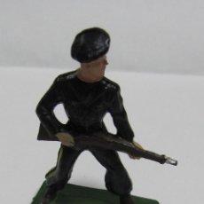 Figuras de Goma y PVC: SOLDADO DE STARLUX. FRANCIA / FRANCE. EL DE LA FOTO. Lote 53414510