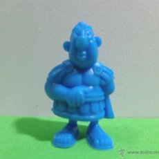 Figuras de Goma y PVC: FIGURA ANTIGUA DUNKIN UDERZO 'SERIE ASTERIX Y OBELIX TIPO 003 00001'.. Lote 53496503