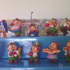 Figuras Kinder: COLECCIÓN FIGURITAS HUEVOS KINDER SORPRESA OSOS EN LA FERIA. Lote 72288561