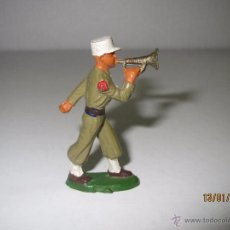 Figuras de Borracha e PVC: ANTIGUO LEGIONARIO FRANCÉS CON CORNETA EN PLÁSTICO RÍGIDO DE STARLUX. Lote 53874101