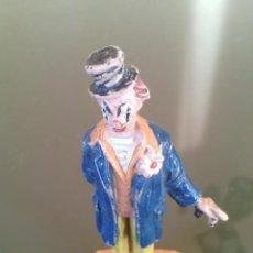 Figuras de Goma y PVC: RARO PAYASO CIRCO JECSAN DE GOMA AÑOS 50- INCOMPLETO FALTA PARAGUAS. Lote 53978722