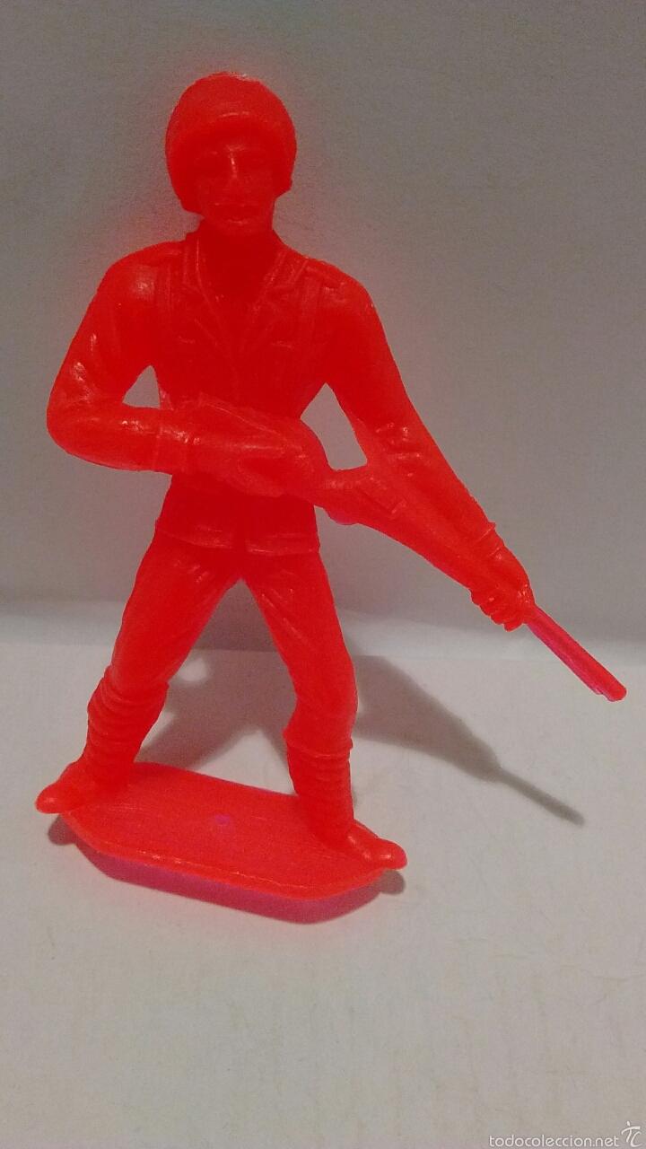 Figuras de Goma y PVC: Figura Comansi Soldado Italiano. - Foto 3 - 53982900